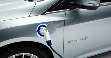 รถยนต์ไฟฟ้า กับพลังงานทางเลือกยุค 4.0